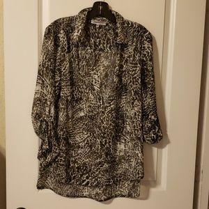 Flirty light & flowy reptile pattern blouse